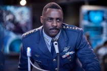 Idris Elba dans Pacific Rim (2013)