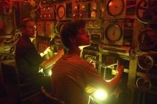 Michael Smiley et Bobby Schofield dans Black Sea (2014)