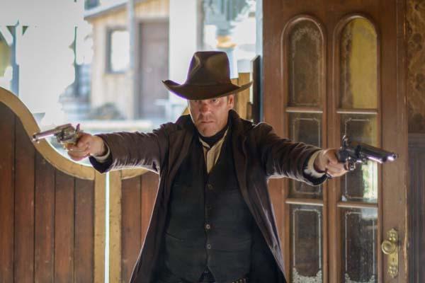Kiefer Sutherland dans Forsaken (2015)