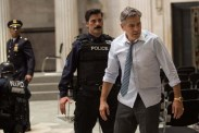 George Clooney et Anthony DeSando dans Money Monster (2016)