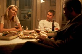 Brad Pitt, Morgan Freeman, et Gwyneth Paltrow dans Seven (1995)