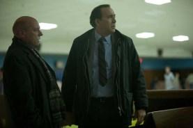 Nicolas Cage et Dean Norris dans Suspect (2013)