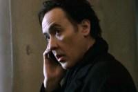 John Cusack dans Cell Phone (2016)