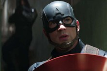 Chris Evans dans Captain America: Civil War (2016)