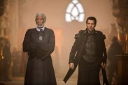 Morgan Freeman et Clive Owen dans Last Knights (2015)
