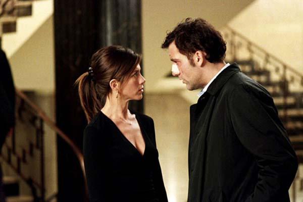 Clive Owen et Jennifer Aniston dans Dérapage (2005)