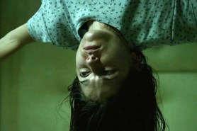 Sarah Lind dans The Exorcism of Molly Hartley (2015)