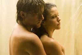 Sophia Bush et Zachary Knighton dans Hitcher (2007)