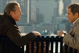 Mel Gibson et Ray Winstone dans Hors de contrôle (2010)