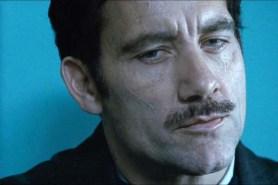 Clive Owen dans Killer Elite (2011)