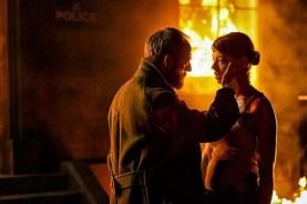 Liam Cunningham et Pollyanna McIntosh dans Let Us Prey (2014)