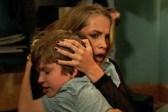 Teresa Palmer et Gabriel Bateman dans Dans le noir (2016)