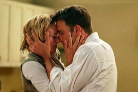 Uma Thurman et Ben Affleck dans Paycheck (2003)