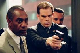 Michael C. Hall et Joe Morton dans Paycheck (2003)