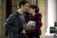 Monica Bellucci et Clive Owen dans Shoot 'Em Up (2007)