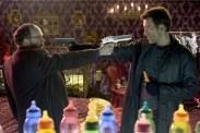 Paul Giamatti et Clive Owen dans Shoot 'Em Up (2007)