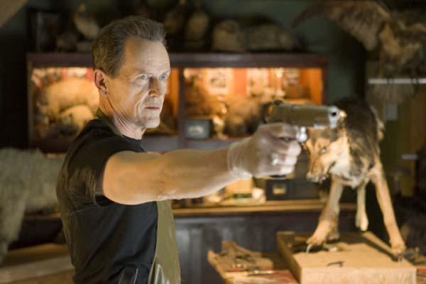 Stephen McHattie dans Shoot 'Em Up (2007)