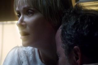 Barbara Crampton dans We Are Still Here (2015)