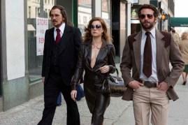 Christian Bale, Amy Adams, et Bradley Cooper dans American Bluff (2013)