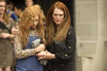 Julianne Moore et Chloë Grace Moretz dans Carrie, la vengeance (2013)
