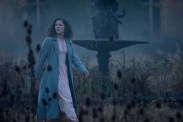 Phoebe Fox dans La dame en noir 2: L'ange de la mort (2014)
