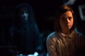 Amelia Pidgeon dans La dame en noir 2: L'ange de la mort (2014)