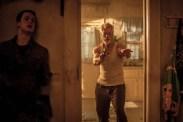 Stephen Lang et Dylan Minnette dans Don't Breathe (2016)