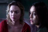 Sophia Myles et Carolina Guerra dans Gallows Hill (2013)