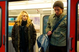 Rachel McAdams et Grigoriy Dobrygin dans Un homme très recherché (2014)