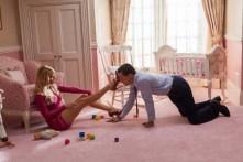Leonardo DiCaprio et Margot Robbie dans Le loup de Wall Street (2013)