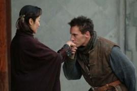 Michelle Yeoh et Jonathan Rhys Meyers dans Les Orphelins de Huang Shi (2008)