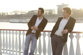 Ryan Reynolds et Ben Mendelsohn dans Under Pressure (2015)