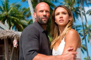 Jessica Alba et Jason Statham dans Mechanic: Resurrection (2016)
