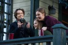 Chloë Grace Moretz, Liana Liberato, et Jamie Blackley dans Si je reste (2014)