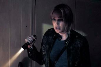 Caity Lotz dans The Pact (2012)