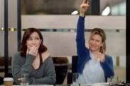 Renée Zellweger et Sarah Solemani dans Bridget Jones Baby (2016)