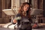 Emma Watson dans Harry Potter et la chambre des secrets (2002)