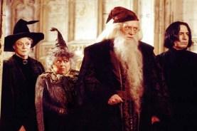 Alan Rickman, Richard Harris, Maggie Smith, et Miriam Margolyes dans Harry Potter et la chambre des secrets (2002)