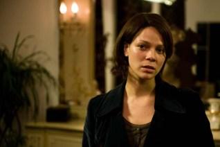 Jessica Schwarz dans The Door: La porte du passé (2009)
