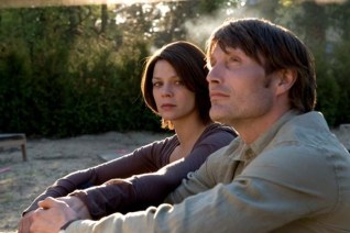 Mads Mikkelsen et Jessica Schwarz dans The Door: La porte du passé (2009)