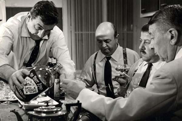 Lino Ventura, Bernard Blier, Francis Blanche et Robert Dalban dans Les Tontons Flingueurs (1963)