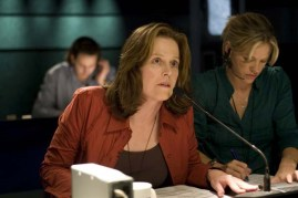 Sigourney Weaver dans Angles d'attaque (2008)