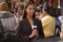 Zoe Saldana dans Angles d'attaque (2008)