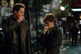 Brendan Fraser et Emile Hirsch dans Etats de choc (2007)