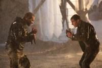 Tom Cruise et Jai Courtney dans Jack Reacher (2012)