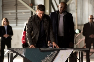 Ryan Phillippe et Omar Epps dans Shooter (2016)