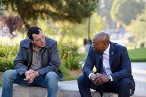 Tom Sizemore et Omar Epps dans Shooter (2016)