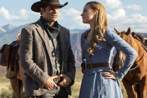 James Marsden et Evan Rachel Wood dans Westworld (2016)