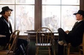 Ed Harris et Jeremy Irons dans Appaloosa (2008)