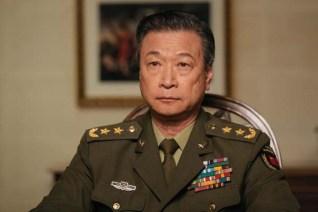 Tzi Ma dans Premier contact (2016)